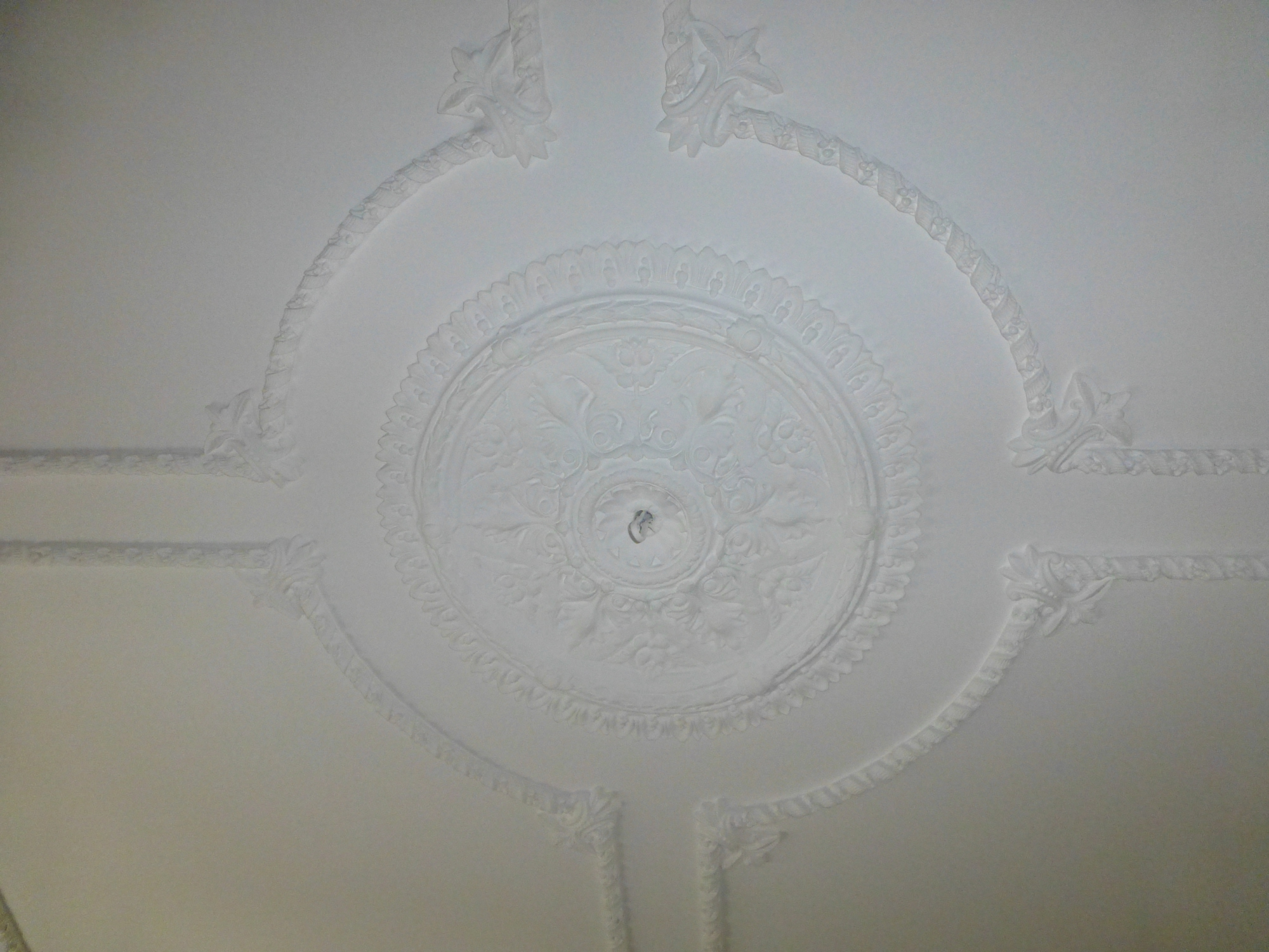 Cornice cleaning 11