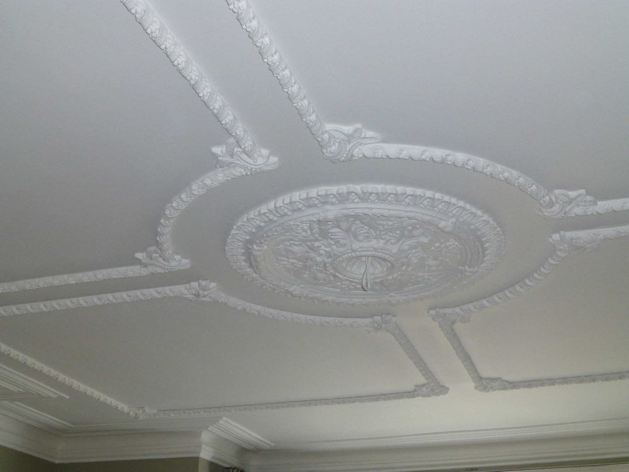 Cornice cleaning 6