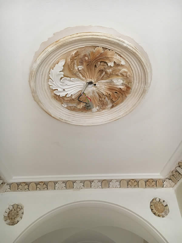 cornice paint removal 3