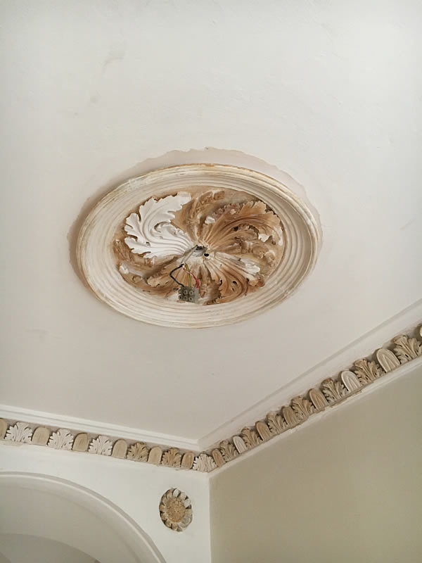 cornice paint removal 4
